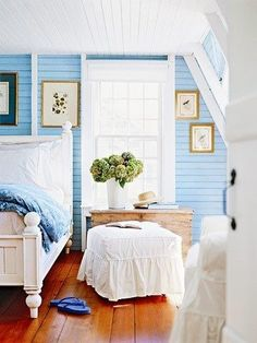 Cottage style is synonymous with easy living. Often associated with decorating a beach house or vacation home, today's cottage style fits easily right at home, too. Cottage Style Bedrooms, Cottage Style Decor, Beach Cottage Style, Coastal Bedrooms, Cottage Style Homes, Cottage Living, Cozy Cottage, Coastal Cottage, Beach House Decor