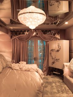 Charles Neal Interiors - Hollywood Glam