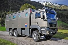 MAN TGS 26.480 6x6 Expedition Truck