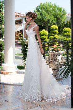 Romantické čipkované priliehavé svadobné šaty s vlečkou Svadobné Šaty 56964918350