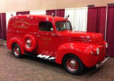 Vintage Los Angeles County FD Rescue 11. Shiny and beautiful. #fire #truck
