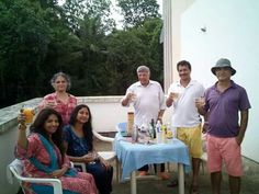 House guests say 'cheers' In Goa!