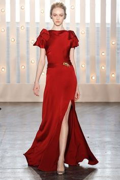d5ac749f5ea69 Jenny Packham Fall 2014 Ready-to-Wear Collection Photos - Vogue Red Gowns