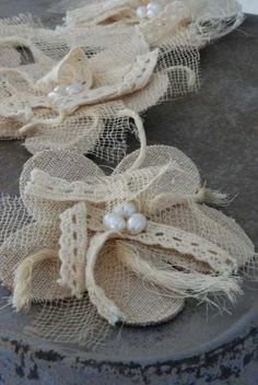 burlap flower idea