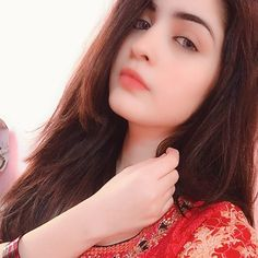 Girls Dp Stylish, Stylish Girl Images, Cute Emo Girls, Wonder Girls Members, Beauty Crush, Cute Girl Face, Cute Girl Poses, Girl Hijab, Beautiful Girl Image