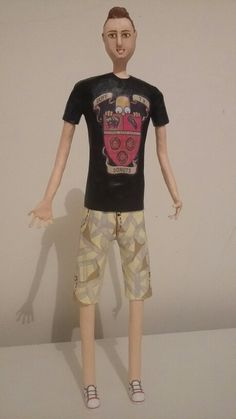 Boneco personalizado - Papel Machê.