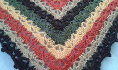 XAILE EM CROCHE/ CROCHET SHAWL Material: 100 gr de fio 100% algodao marca Rosas Crafts, cor 530...