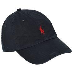 esto es un gorra de polo. Es de color negro con un caballo rojo en él. me gustaría llevar estos a la escuela