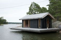 Summer House Sauna in Finland Building A Sauna, Outdoor Sauna, Haus Am See, Floating House, Prefab, Little Houses, Black House, Tiny House, House Design