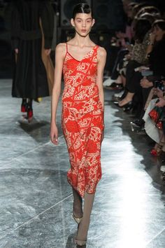 Jonathan Saunders | Fall 2014 Ready-to-Wear Collection | Style.com