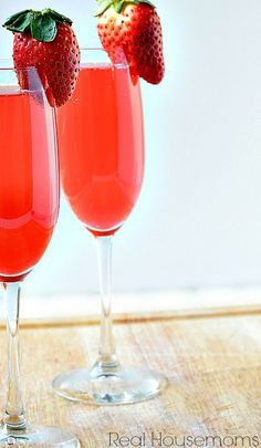 This Sweetheart Black Cherry+ Mimosa is the perfect drink for celebrating romance. the black cherry juice and Grand Mariner really take it to the next level. Fun Cocktails, Party Drinks, Wine Drinks, Summer Drinks, Cocktail Drinks, Cocktail Recipes, Alcoholic Drinks, Beverages, Cocktail Ideas