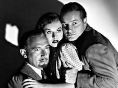 "(L to R) Paul Lukas, Paulette Goddard, & Bob Hope in ""The Ghost Breakers"" (1940)"