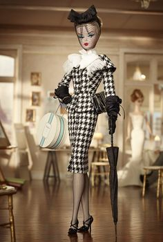 New 2012 Barbie BFMC Silkstone Walking Suit Barbie Doll