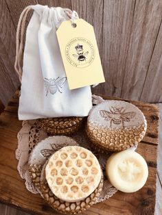 This is an awesome gift set!wildflower honey, pottery soap dish and a solid lotion bar Homemade Soap Recipes, Organic Soap, Soap Packaging, Lotion Bars, Home Made Soap, Natural Cosmetics, Handmade Soaps, Homemade Beauty, Soap Making