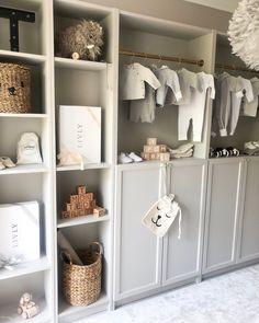 DIY billy bokhylla Ikea - Interior By Linda Wallgren hacks closet walk in Baby Bedroom, Baby Boy Rooms, Baby Room Decor, Kids Bedroom, Ikea Interior, Billy Ikea, Deco Kids, Baby Room Design, Nursery Design