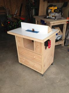 Ana White | Router Table - DIY Projects
