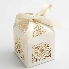 Ivory Laser Cut Wedding Favour Box with Hearts (pack of 10)
