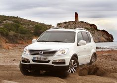 Photo Rexton W SsangYong price. Specification and photo SsangYong Rexton W. Auto models Photos, and Specs Perfect Photo, Model Photos, Vehicles, Car, Madness, Korean, Models, Badges, Transportation