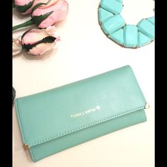 Clutch holder ,woman wallet Green mint & pink pale .Synthetic leather woman wallet purse ,credit card, clutch holder ,NEW, good conditions ,just a little spot in the from ... Yodas leather Accessories