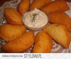 pierogi z biala kielbasa - pierogi z biala kielbasa My Favorite Food, Favorite Recipes, Polish Recipes, Polish Food, Kielbasa, Quesadilla, Dumplings, Pierogi, Sweet Potato