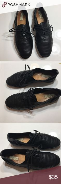 """Rag & Bone black oxford soft leather lace up flats Rag & Bone black oxford soft leather lace up flats sz 37 extremely soft leather has creasing in leather - leather itself other than the creasing is in good condition some wear on bottom soles soles measure approx 9.75"""" long Sold as Is rag & bone Shoes Flats & Loafers"""