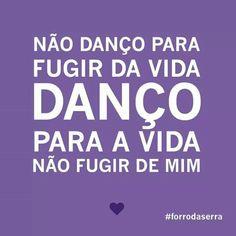 #ForróPéDeSerra Salsa Dancing, Dirty Dancing, Pole Dancing, Dance Memes, Dance Quotes, Fire Dancer, Dance Hairstyles, Workout Humor, Dance Photography