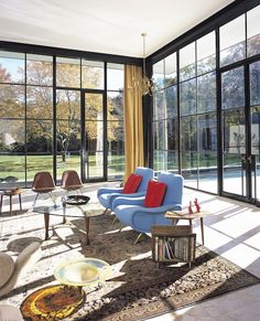 Glass House, East Hampton Photo: Chris Bausch Marco Zanuso chairs Eames Leather Shell chairs George Nakashima side tables custom steel windows and doors. Architecture Details, Interior Architecture, Interior Design, Room Interior, Steel Windows, Windows And Doors, Design Salon, Floor To Ceiling Windows, Glass House