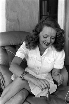 LIFE With Bette Davis: Rare and Classic Photos of a Hollywood Legend | LIFE.com I've always thought her to look so much like Gram. :]