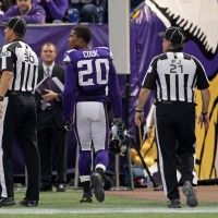 Vikings corner ejected for shoving official after giving up amazing touchdown catch
