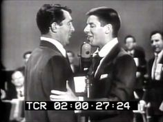 DEAN MARTIN & JERRY LEWIS - 1952 - Standup Comedy - YouTube