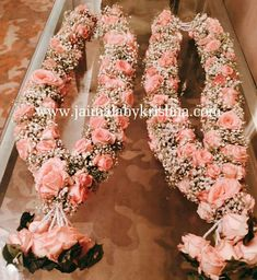 Premium designer garlands by Fresh Flower Designer Garlands Hyderabad : 9966377488 Chennai : 7305105056 Banglore : 9176075812 Indian Wedding Flowers, Flower Garland Wedding, Rose Petals Wedding, Rose Garland, Floral Garland, Wedding Garlands, Wedding Garland Indian, Wedding Mandap, Wedding Stage Decorations