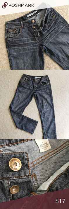 """DKNY✨Button Fly Jeans Slight washed look. Approximate measurements 30"""" waist, 30 1/2"""" inseam, 9 1/2"""" rise. DKNY Jeans Straight Leg"""