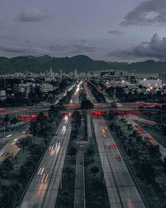 Railroad Tracks, Bella, Cities, Bogota Colombia, Hipster Stuff, Train Tracks