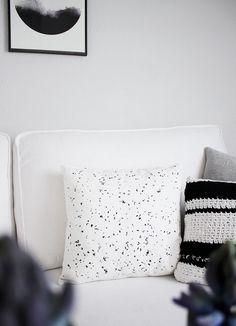 DIY: Kissen im Sprenkel-Look *** DIY: pillows with splatter effect