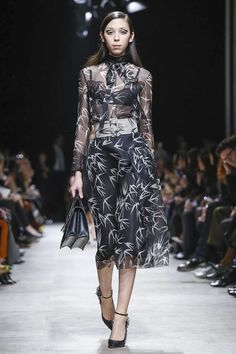 Rochas Fall 2015 Collection - Paris Fashion Week
