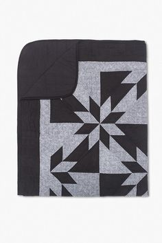 Black and grey handmade Amish quilt. Modern Color Palette, Modern Colors, Textured Yarn, Grey Quilt, Crib Blanket, Amish Quilts, Grey Pattern, Sleep Shirt, Quilt Bedding