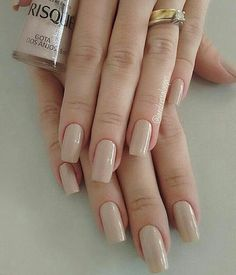 Exactly what is a Manicure? Neutral Nails, Nude Nails, My Nails, Stylish Nails, Trendy Nails, Stylish Outfits, Perfect Nails, Gorgeous Nails, French Gel