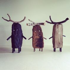 Art Et Nature, Nature Crafts, Painted Driftwood, Driftwood Art, Painted Sticks, Recycled Art, Toy Art, Land Art, Art Plastique