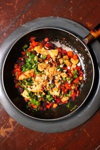 Smokey Chicken and Rainbow Vegetable Saute with Crunchy Almonds and more paleo chicken recipes on MyNaturalFamily.com #paleo #recipe