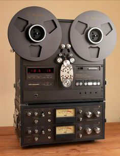 ... Technics RS-1800 reel to reel tape recorder photo in the Reel2ReelTexas.com…