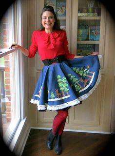 Christmas DIY: tablecloth to Christmas skirt!