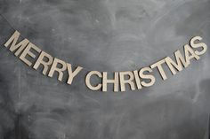 DIY: Merry Christmas glittery banner for backdrop by @brittanymakes....would love to do a funny saying for an engagement shoot