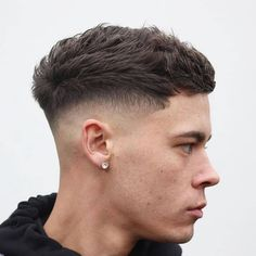 Herrenfrisuren 2019 Men's hairstyles 2019 Related posts: cutthroatpete-cool-short-haircuts-for-men-textured-crop-herrenfrisuren … – Men's New Haircuts for Receding Hairline Low Taper Fade Haircut, Medium Fade Haircut, Men Haircut Short, Cool Hairstyles For Men, Hairstyles Haircuts, Haircuts For Men, Short Mens Hairstyles Fade, Barber Haircuts, Simple Hairstyles