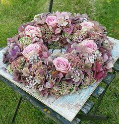 Wreath Crafts Diy Wreath Door Wreaths Wreaths For Front Door Jolie Fleur Diy Spring Wreath Easter Wreaths How To Make Wreaths Deco Floral Wreath Crafts, Diy Wreath, Felt Flowers, Dried Flowers, Large Christmas Wreath, Diy Spring Wreath, Deco Floral, Diy Garland, Diy Wedding Flowers