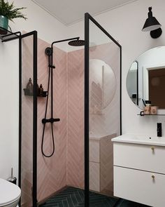 downstairs loo The most fabulous pink tiles in the bathroom shower cubicle. Bathroom Design Layout, Bathroom Interior Design, Feng Shui Interior Design, Modern Bathroom Design, Bad Inspiration, Bathroom Inspiration, Feng Shui Bathroom, Shower Cubicles, Small Bathroom