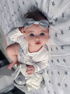 Simple Joys by Carter's Baby Girls' Short-Sleeve Bodysuit Cute Little Baby, Baby Kind, Pretty Baby, Little Babies, Baby Girl Images, Cute Baby Girl Pictures, Beautiful Children, Beautiful Babies, Baby Girls