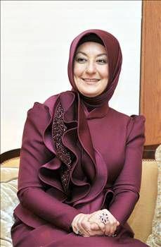 hayrunnisa gül kıyafetleri - Google'da Ara Hijab Stile, Hijab Niqab, Modest Dresses, Dress Codes, Hijab Fashion, Blazer, Clothes For Women, Coat, Womens Fashion