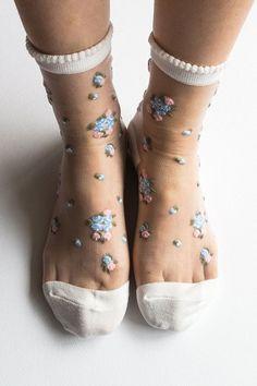 Women Brand New Hezwagarcia Floral Pattern White Nylon Sheer See Through Ankle Socks Hosiery