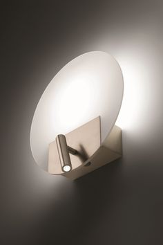 FLAT Lámpara de pared de hierro y vidrio by ALMA LIGHT diseño Josep Novell, Ernest Perera