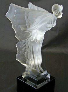 Art Deco Figurine by René Lalique